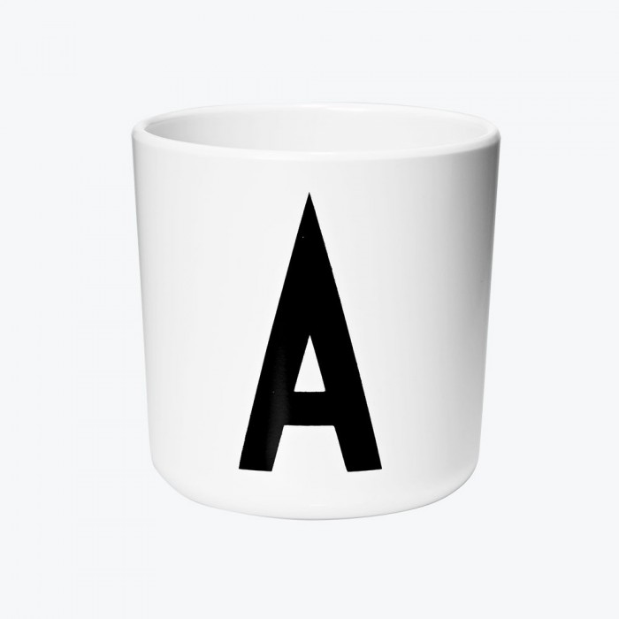 Cup melamina lettera B AJ