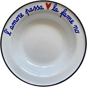 """Piatto smaltato """"L'amore passa la fame no"""""""
