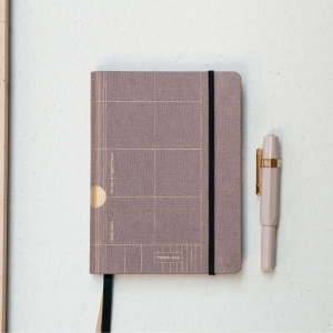 Travel Journal Old Pink